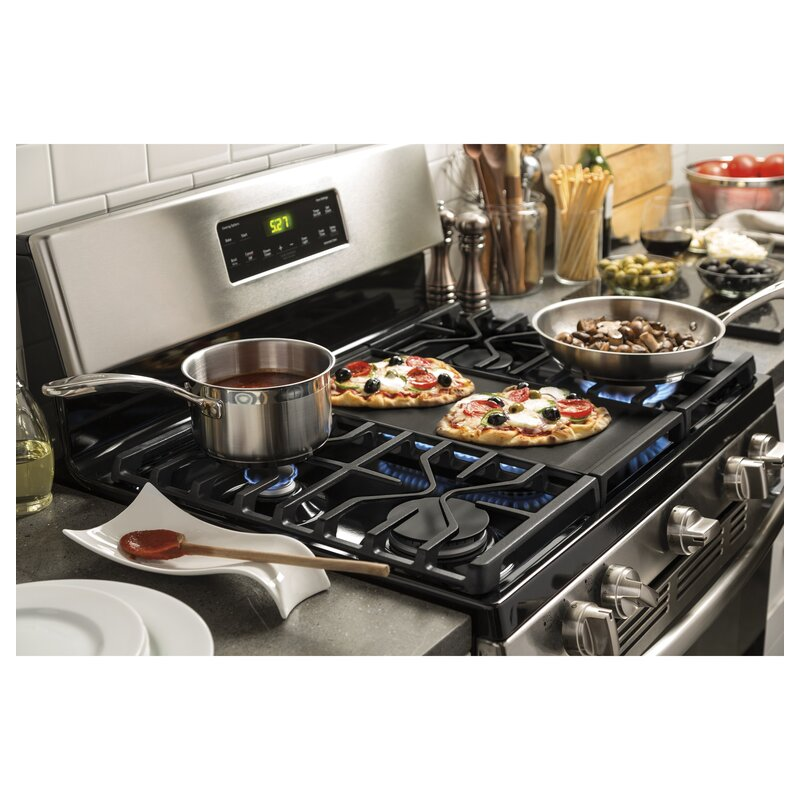 Terrific 30 5 Cu Ft Free Standing Gas Range With Griddle Home Interior And Landscaping Ponolsignezvosmurscom