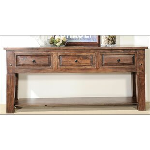 Aishni Home Furnishings Castle Console Table