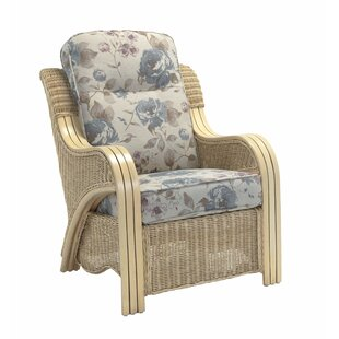 Review Macy Armchair