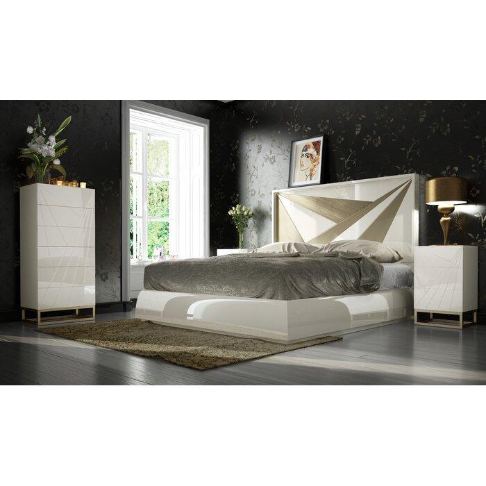 Helotes King 3 Piece Bedroom Set