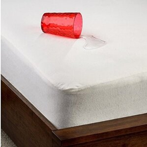 Organic Smooth Top Natural Fiber Hypoallergenic Waterproof Mattress Protector by Dream Decor