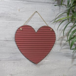 Metal Corrugated Heart Wall Décor