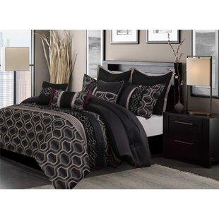 Raymon Jacquard Reversible Comforter Set