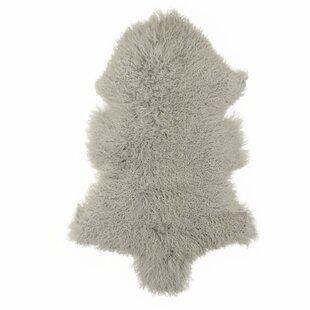 Tibetan Sheepskin Light Grey Rug by Woooly®