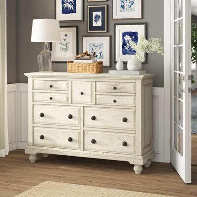Philomena 7 Drawer Dresser