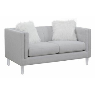 Huitt Loveseat