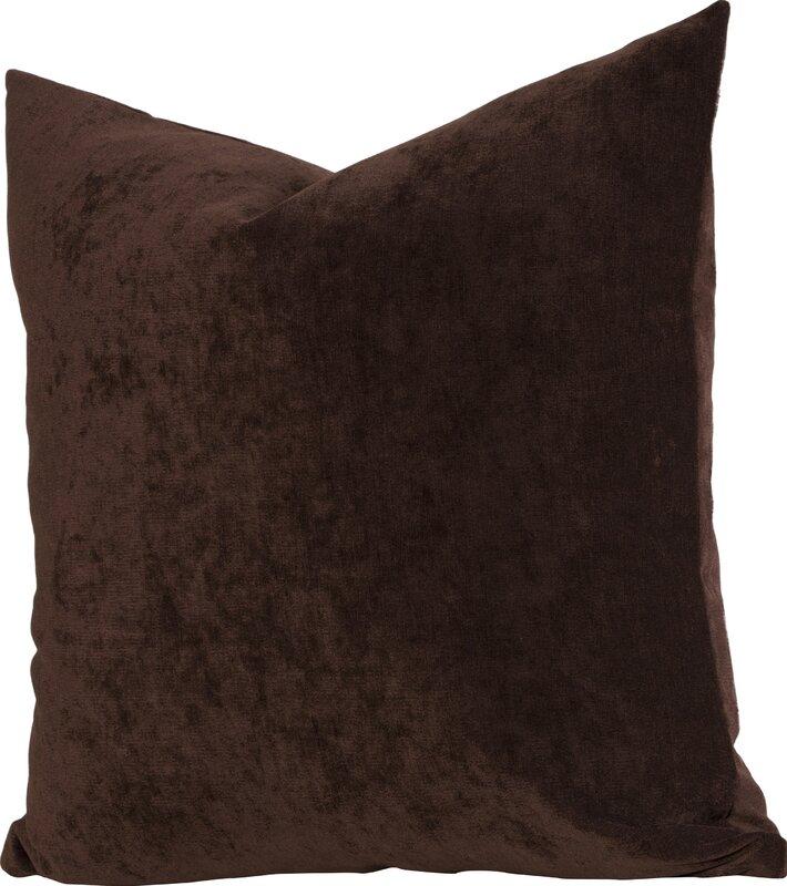 Throw Pillow in brown velvet