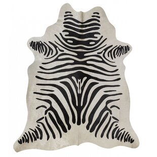 Best Review Zebra Hand-Woven Black/White Area Rug By Rodeo