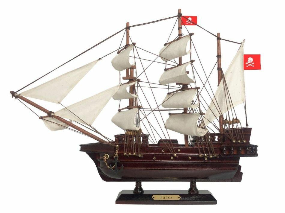 Breakwater Bay Muncy Fancy Sails Pirate Ship Model Wayfair