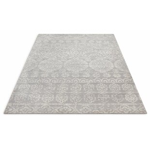 Best Reviews Juliana Dorothea Meditarrien Tile Work Gray/White Area Rug By Bungalow Rose