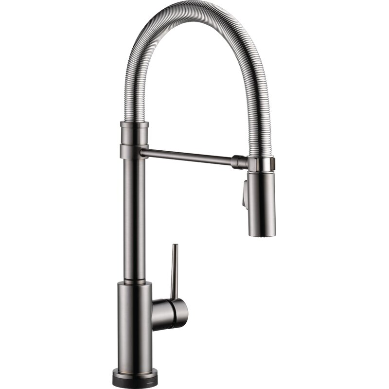 Trinsic Pro Pull Down Touch Single Handle Kitchen Faucet With Magnatite Docking And Touch2o Technology Reviews Allmodern