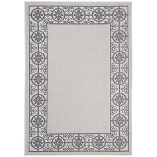 Hahn Ivory/Charcoal Indoor/Outdoor Area Rug
