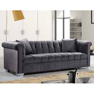 Henriette Chesterfield Sofa