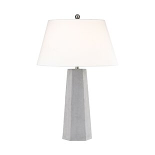 Magnus 32 Table Lamp
