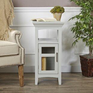 Simpli Home Avington 15