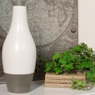 Cipolla Stoneware Bellied Table Vase