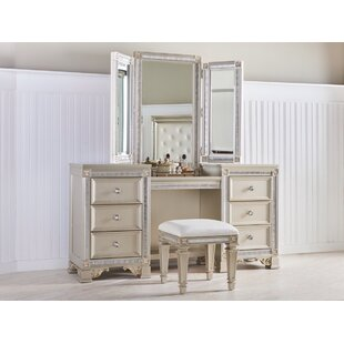 Rosdorf Park Macedo Vanity with Mirror