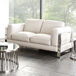Annika Loveseat by Diamond Sofa