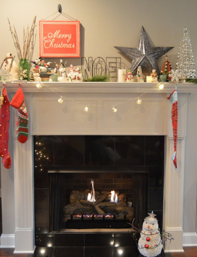 My Big Fat Happy Life Christmas fireplace mantel