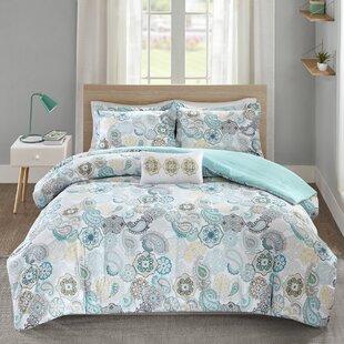 Aguirre Comforter Set