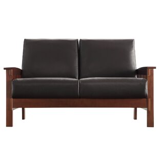 Wydmire Loveseat