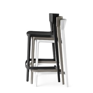 Skin - Stackable Stool by Calligaris