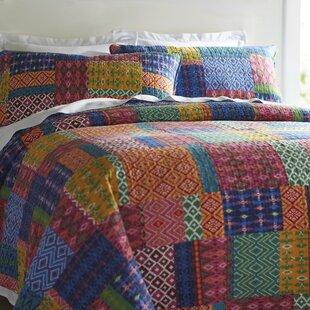 Broadbent 3 Piece Cotton Reversible Quilt Set