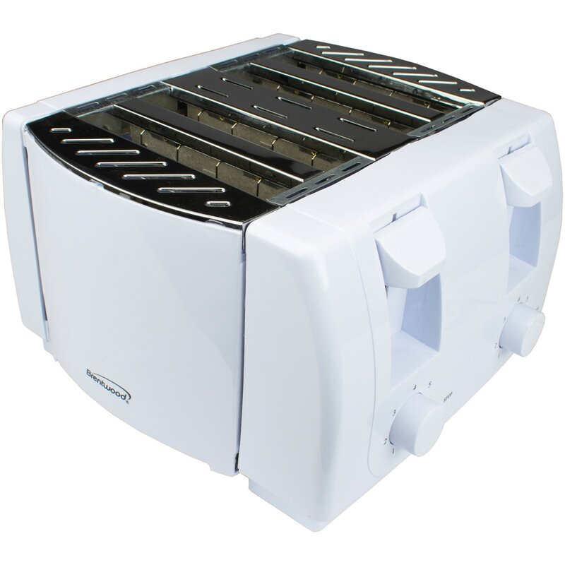 Brentwood 4 Slice Cool Touch Toaster  Finish: White