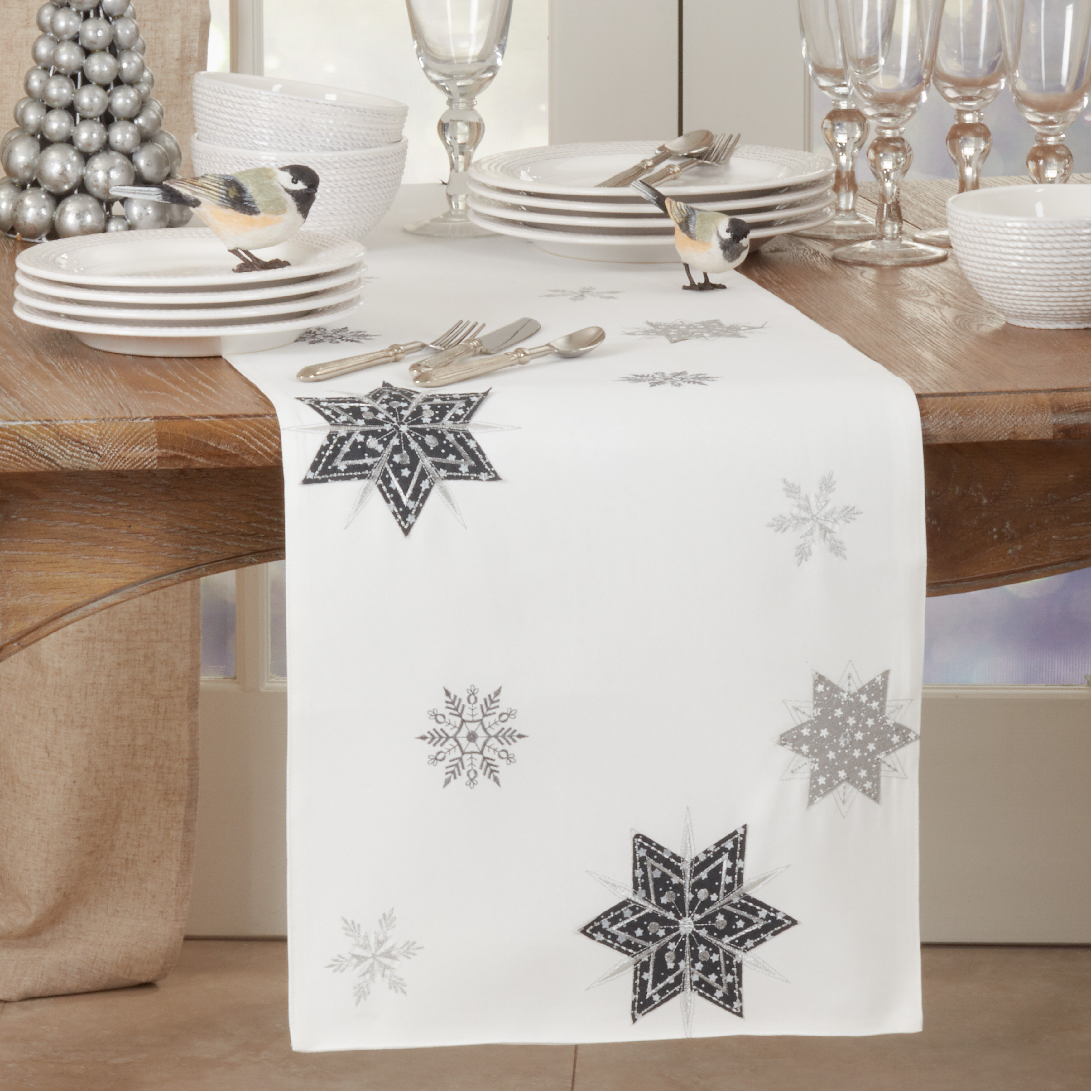 The Holiday Aisle Izumi Geometric Christmas Table Runner Wayfair