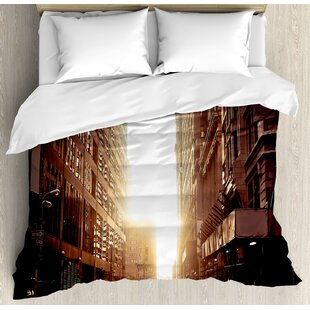 East Urban Home Cityscape New York Street with High Skyscrapers at Early Morning Sunrise Manhattan View Duvet Set