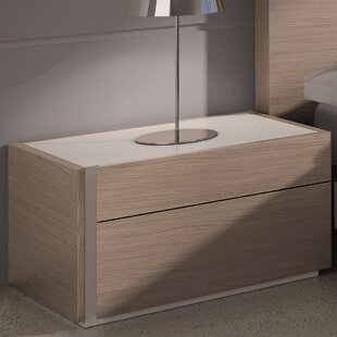 Wade Logan Bridgeport Left Nightstand