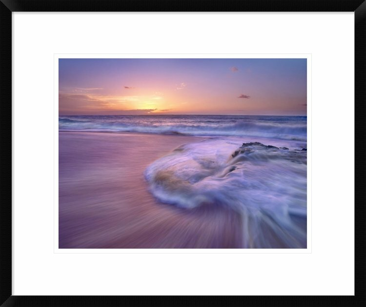 Global Gallery Sandy Beach At Sunset Oahu Hawaii By Tim Fitzharris Framed Photographic Print Wayfair