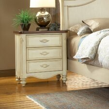Brecon 3 Drawer Bachelor's Chest by One Allium Way®