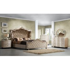 Diamond Panel Customizable Bedroom Set by Meridian Furniture USA