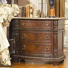 Amalfi 3 Drawer Bachelor's Chest by Astoria Grand