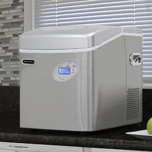 49 lb. Daily Production Freestanding Ice Maker