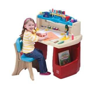 Reviews Deluxe Art Master Desk ByStep2