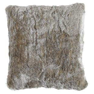 Witte Faux Fur Throw Pillow