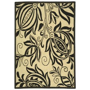 Laurel Sand/Black Indoor/Outdoor Area Rug