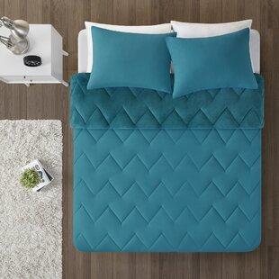 Jake Reversible Comforter Set