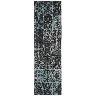 Affordable Goulburn Blue/Black Area Rug ByWorld Menagerie