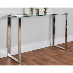 Review Farnsworth Console Table