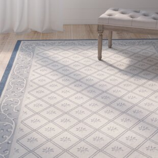 Courtyard Beige/Navy Indoor/Outdoor Area Rug
