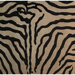 Best Reviews Metro-Velvet Hand-Knotted White/Black Area Rug ByExquisite Rugs