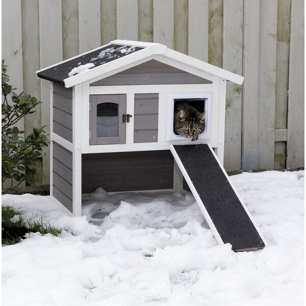 Outdoor Cat Shelter For Winter. For Multiple Cats. 30' H x 21.5 W x 29.5 D inches
