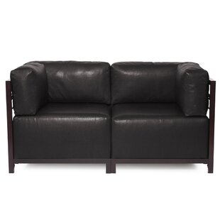 Woodsen Avanti Sectional
