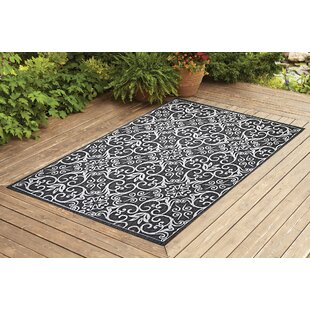 Satterwhite Gray Indoor/Outdoor Area Rug