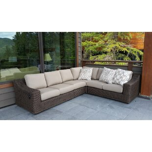 El Nido Sectional with Cushions