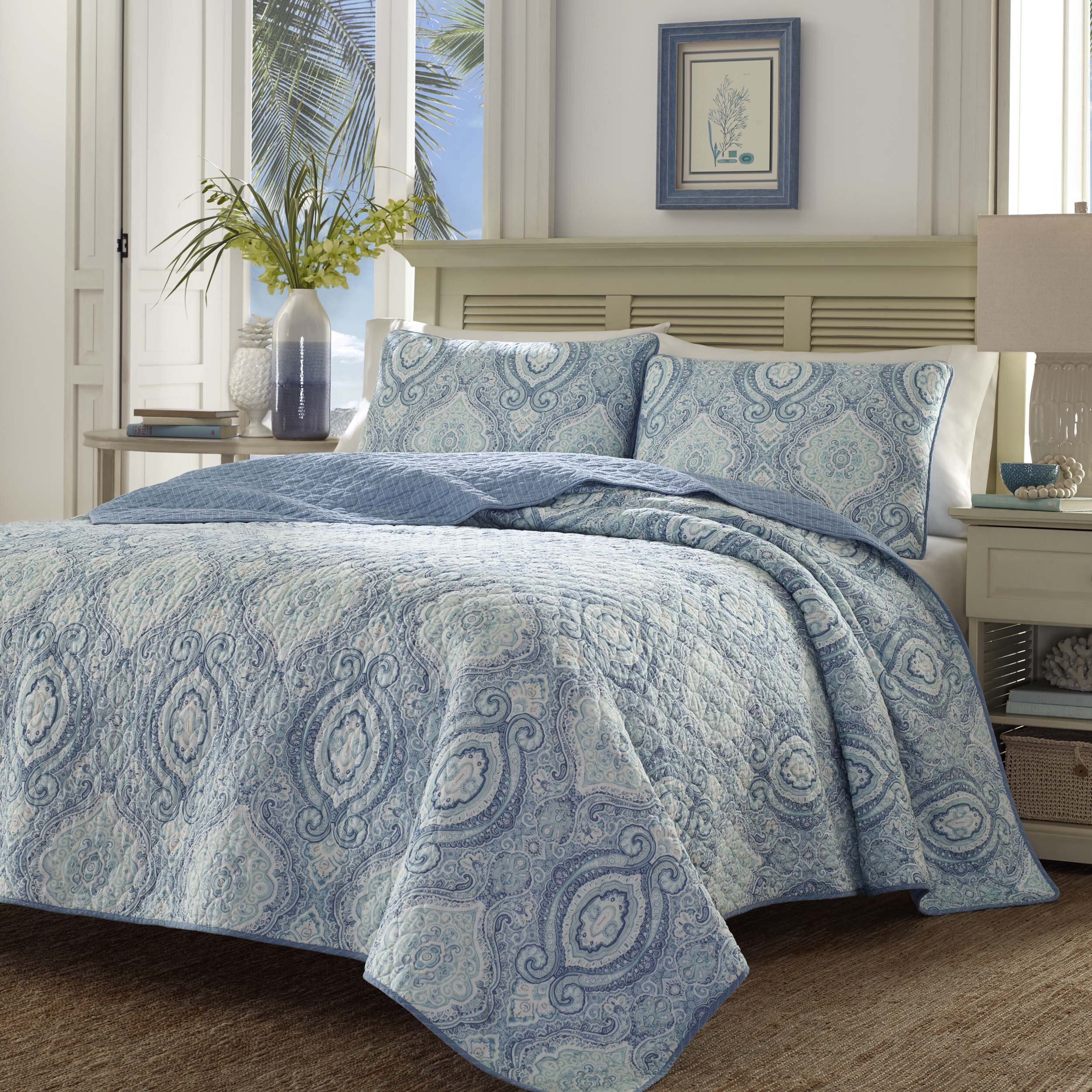 Tommy bahama bedding turtle cove quilt set tommy bahama for Bahama towel chaise cover