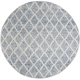 Billie Hand-Tufted Cotton Ivory/Blue Area Rug by Laurel Foundry Modern Farmhouse
